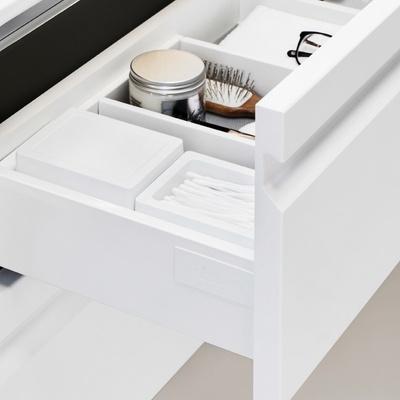 Skuffeinndeler hvit plast med smårom 380x274x70mm